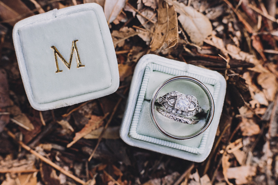 amanda-and-codys-wedding-at-the-1909-vintage-rings-ina-powder-blue-box
