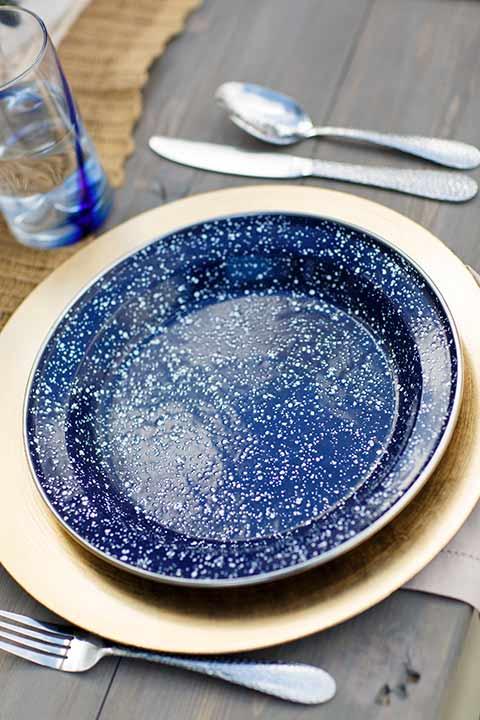 Desert-view-tower-blue-plates