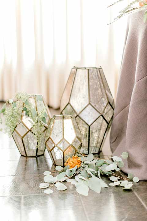 estate-on-second-shoot-glass-candle-lanterns