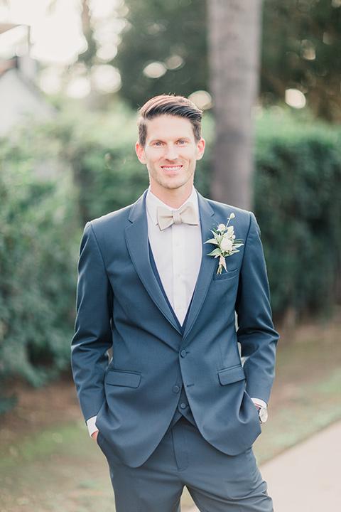 MUCKENTHALER-SHOOT-groom-smiling