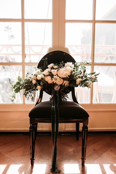 santa-anita-park-art-deco-shoot-florals-on-chair