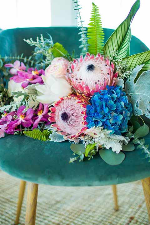 seapoint-bridal-shoot-florals