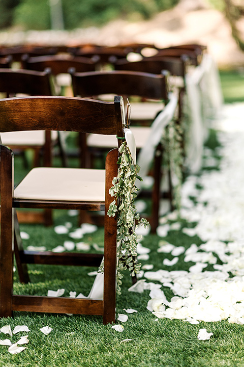 skypark-styled-shoot-ceremony-chairs