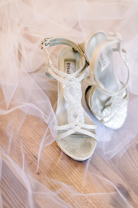 skypark-styled-shoot-heels