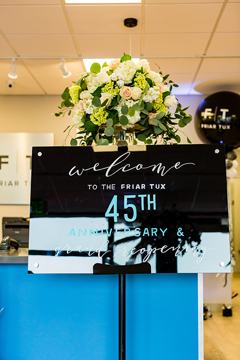 Lakewood-store-45th-anniversary-party-sign