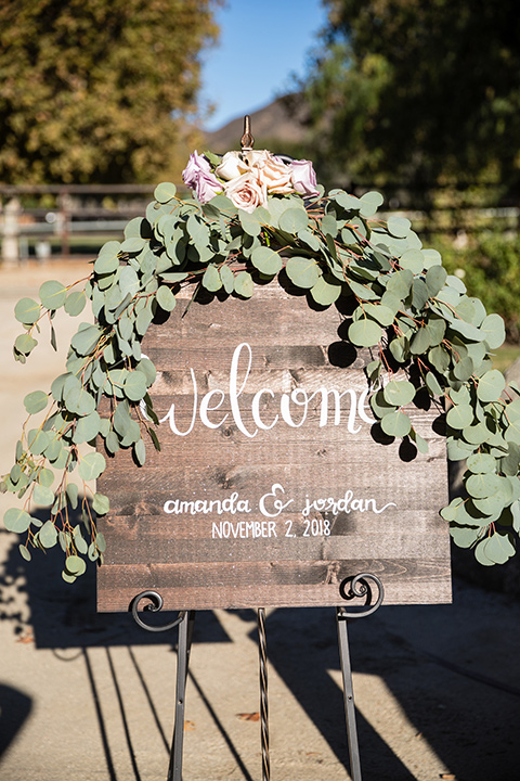 Garden-Wedding-welcome-sign