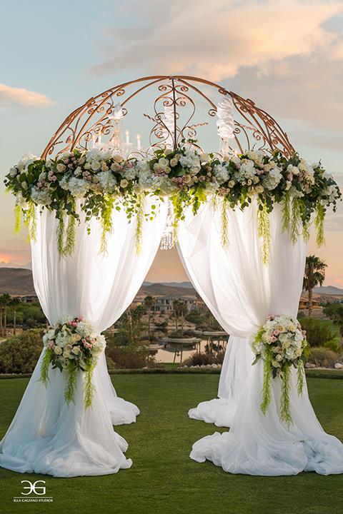Bears-Best-Venue-Wedding-Shoot-ceremony-space