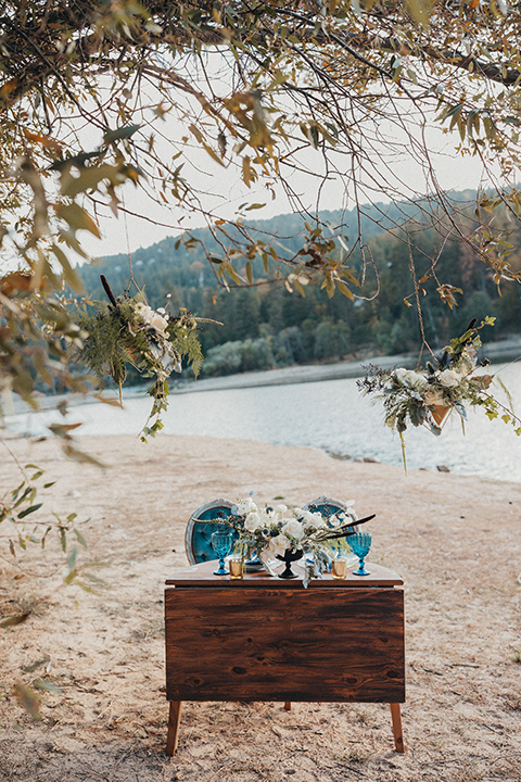 Big-Bear-Elopement-Shoot-table-by-the-lake