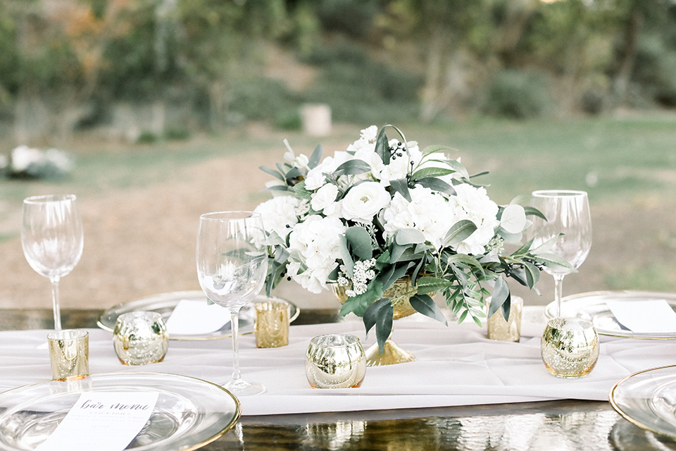 wedding table floral décor