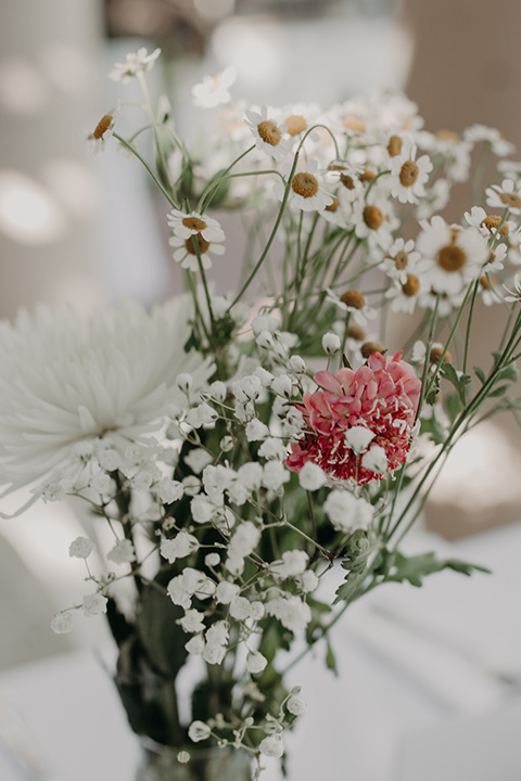 West-Hollywood-Wedding-table-flowers