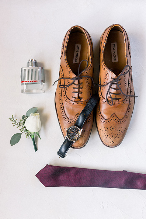 red-barn-wedding-groom-accessories