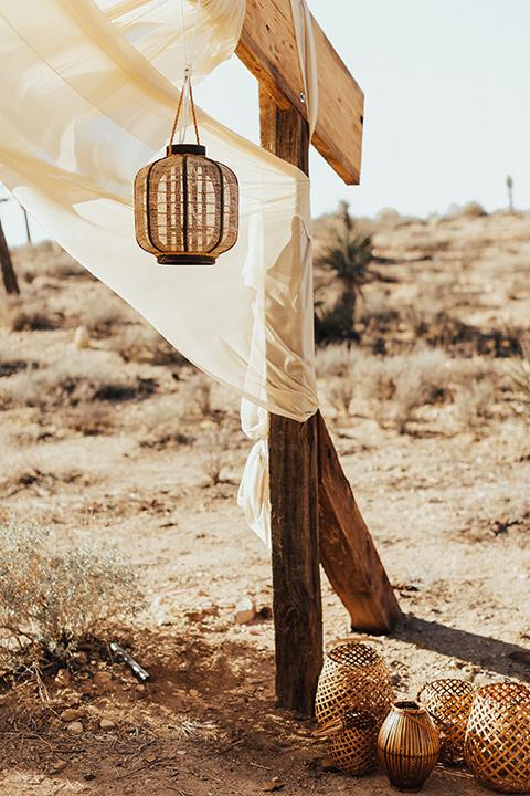 Bohemian-Desert-Shoot-hanging-lantern-decor