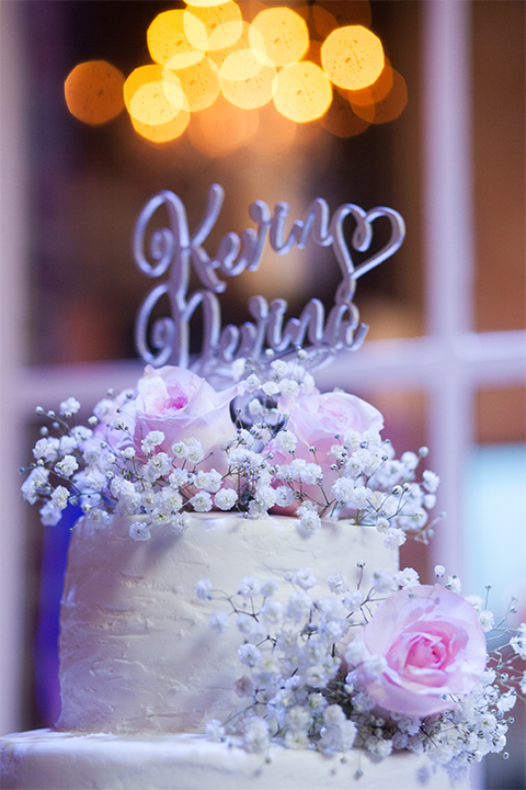 Elements-Venue-presents-wedding-cake-design-with-white-fondant-with-purple-accents