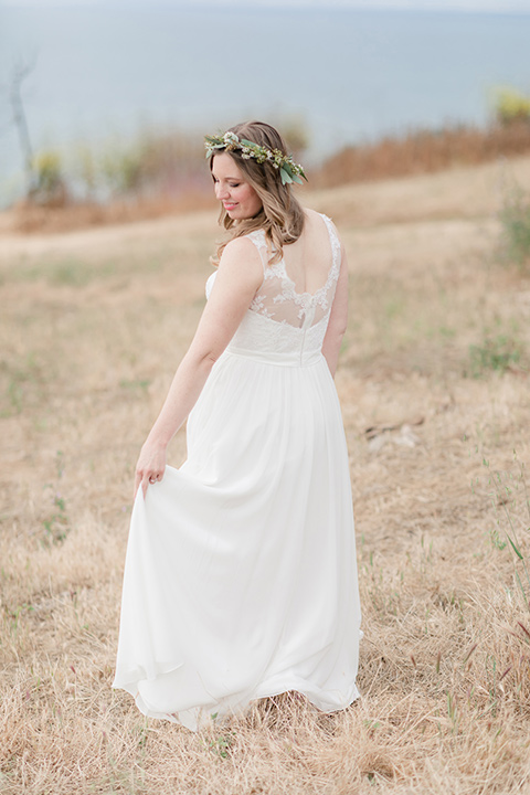 Los-Verdes-Golf-Course-Wedding-bride-twirling-in-a-white-gown-with-cap-sleeves