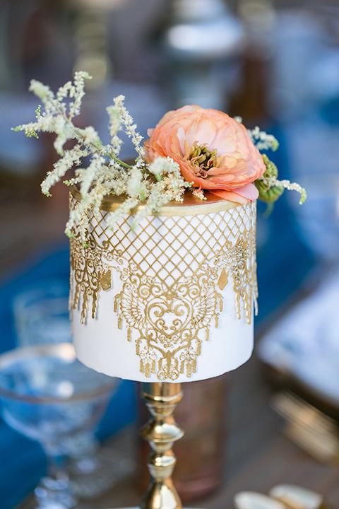 fazeli-winery-wedding-cake