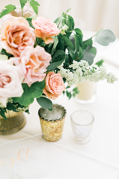 franciscan-gardens-wedding-table-décor-of-small-potted-flowers-and-gold-accents