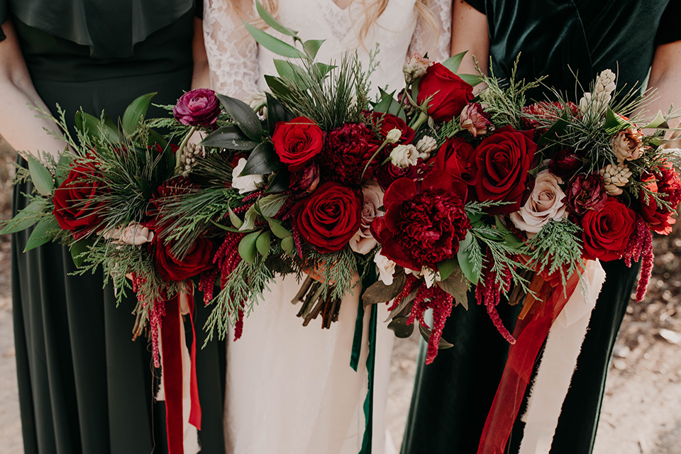 Highway-West-Vacations-bridal-flowers-in-deep-red-shades