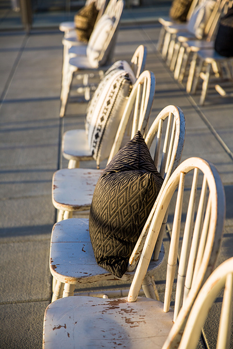 Intercontinental-elopement-shoot-chairs-at-ceremony