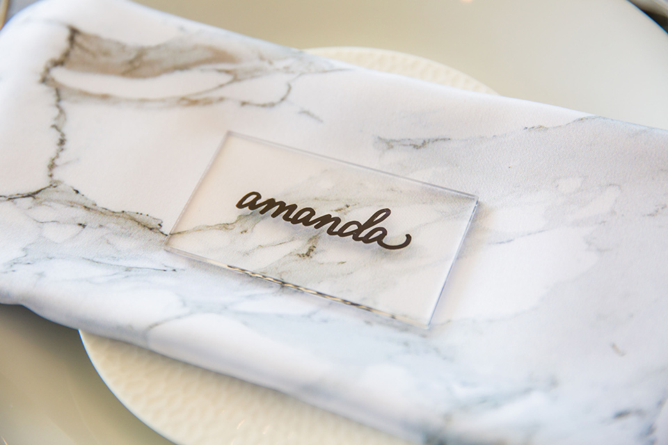 Intercontinental-elopement-shoot-place-setting-with-a-white-linen-and-white-plate