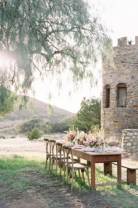 italian-style-wedding-table-and-landscape