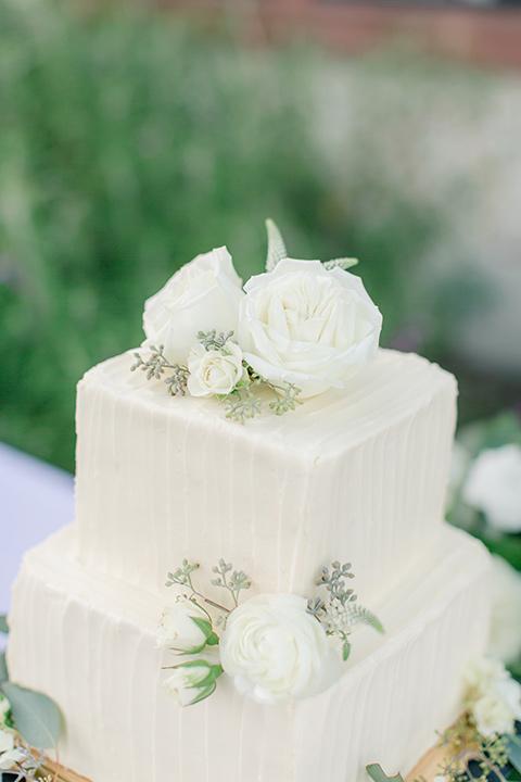 Arroyo-Grande-Wedding-cake