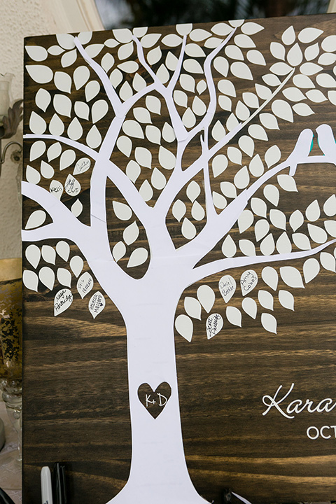 Villa de Amore guestbook shaped like a tree with leaves that have names