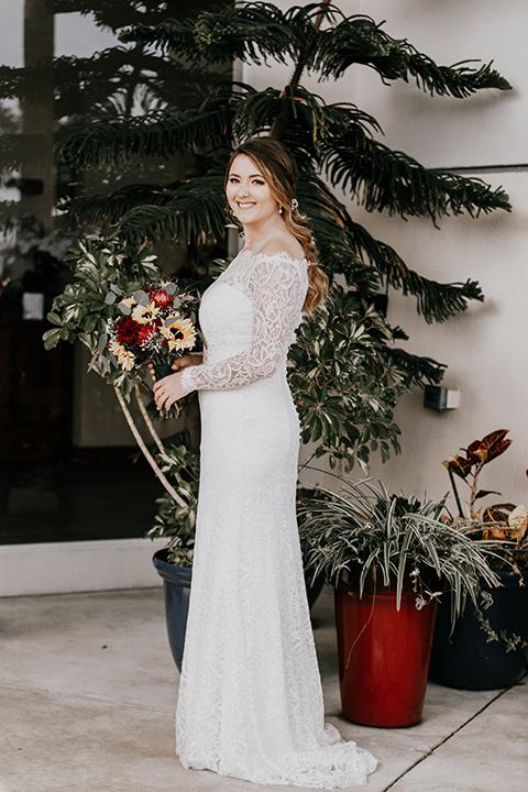 coronado-yacht-club-wedding-bride-standing