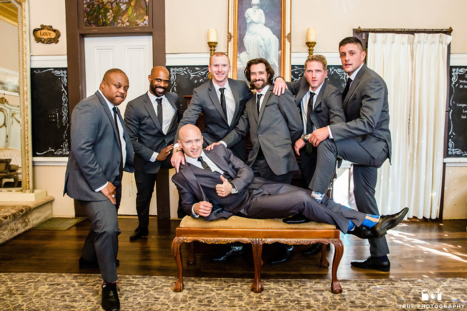 twin-oaks-weddings-groomsmen-and-groom-in-grey-suits-with-long-ties
