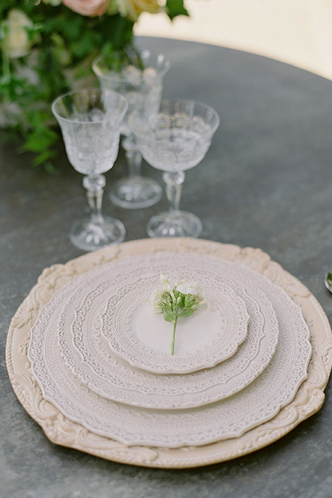 Kimberly-crest-house-shoot-table-settings-with-gold-plated-flatware-and-dishes
