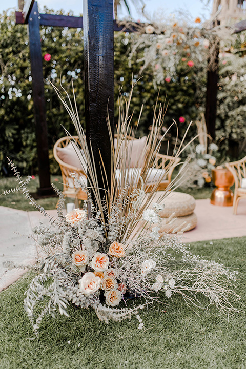 floral décor at the recpetion