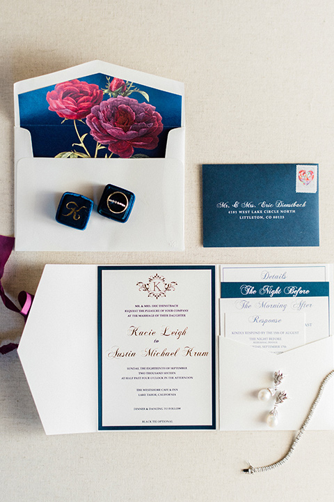 Lake Tahoe wedding invitations with stationary