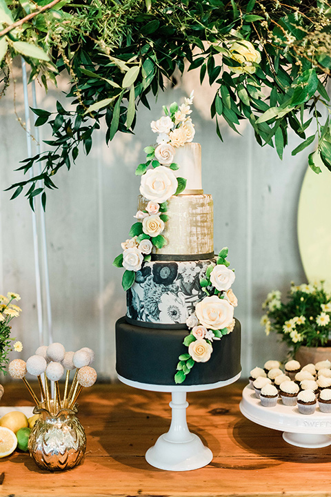 malibu-lodge-spring-wedding-shoot-cake-with-an-ombre-from-old-to-deep-green-with-gold-flowers