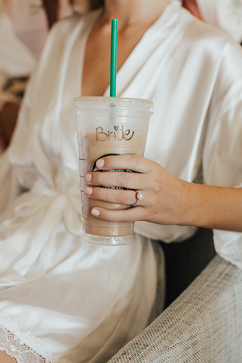 monarch-beach-resort-bride-and-her-starbucks