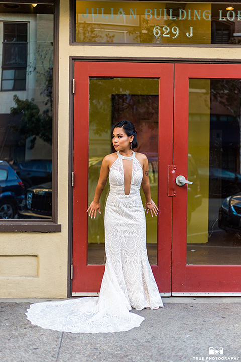 skybox-real-wedding-bride-alone-bride-wearing-a-fitted-lace-dress-with-an-illusion-neck-line