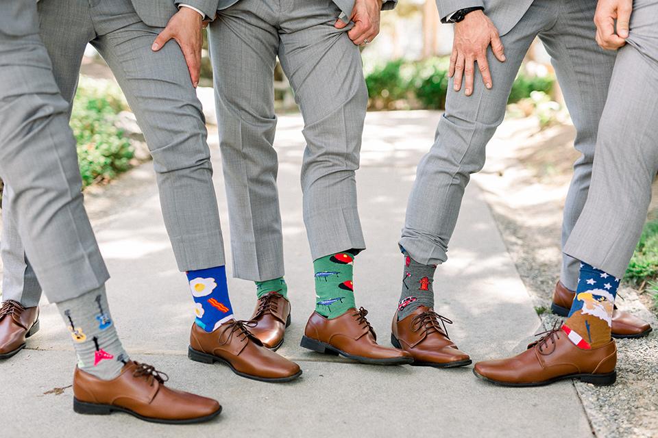 Temecula-Creek-Inn-Wedding-groomsman-socks-in-fun-different-colors