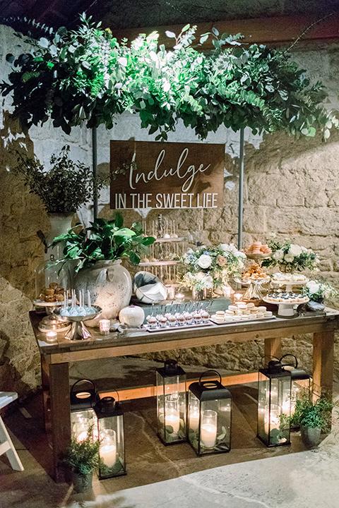 Temecula-Creek-Inn-Wedding-sweets-table