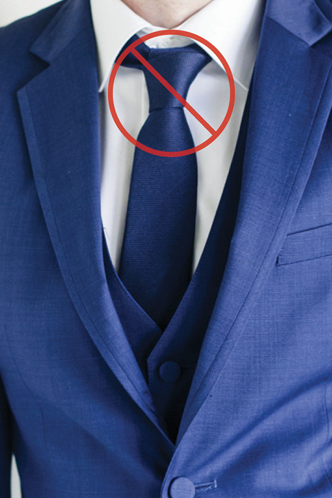 bad-tie-knot-on-neck-leaving-a-large-gap