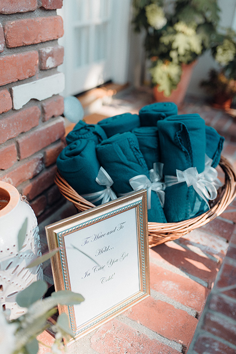 orange-county-wedding-blankets