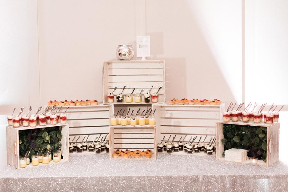 rock-n-roll-wedding-style-dessert-bar