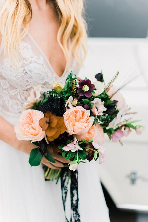 rock-n-roll-wedding-style-florals