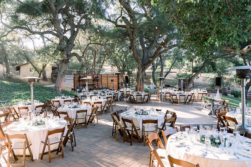 Circle-Oak-ranch-wedding-reception-space