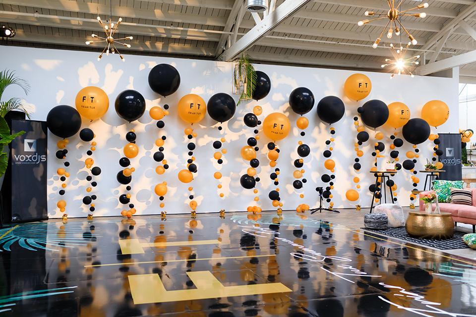 Friar-Tux-Summer-Bash-balloons