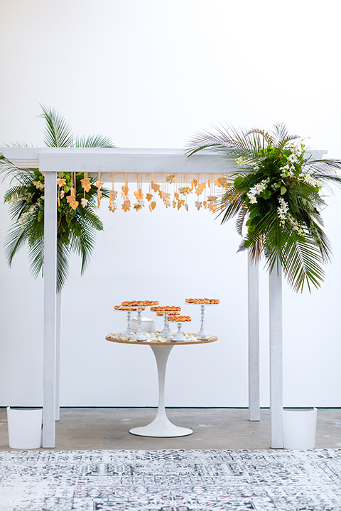 Cookies and palm leave decoration for LA venue party