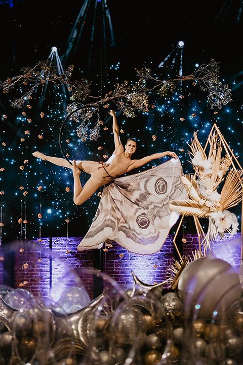 The-Yost-Theatre-entertainment-dancer-airialist