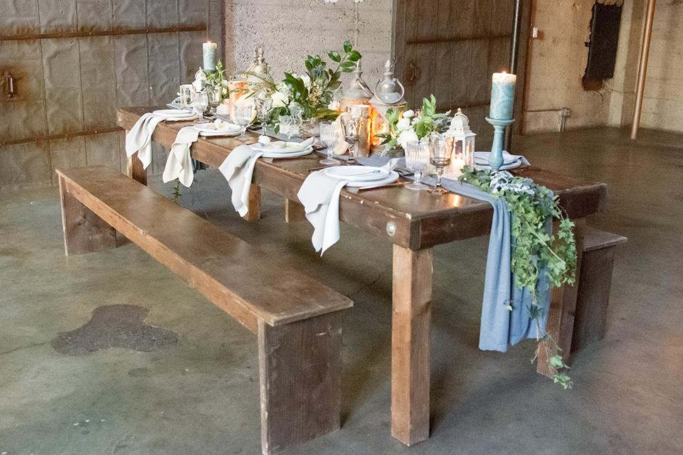 luce-loft-table