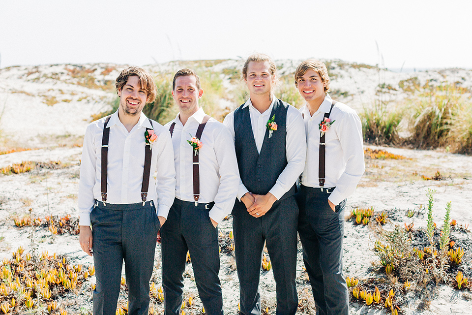 San-Diego-Beach-wedding-groom-and-groomsmen-groom-in-a-suit-pants-and-vest