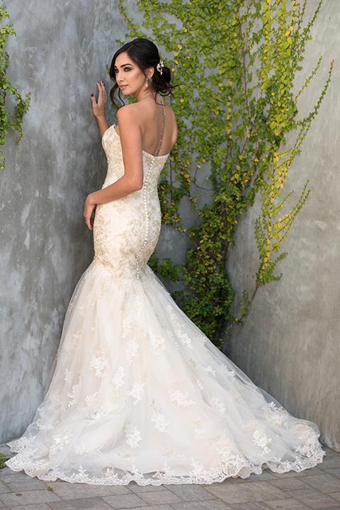 milagro-farms-shoot-bride-alone-bride-in-a-fitted-lace-gown-with-straps