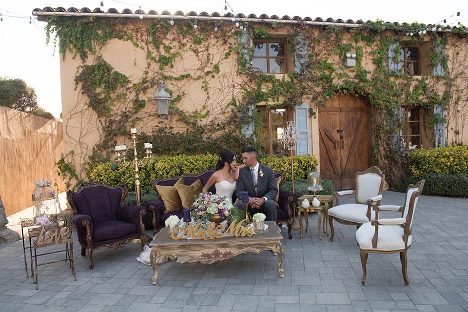 milagro-farms-shoot-outdoor-seating-with-couple