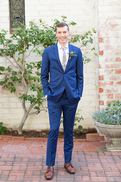 palos-verdes-shoot-groom-full-standing-alone-groom-wearing-a-colbalt-blue-suit-with-a-grey-floral-long-tie