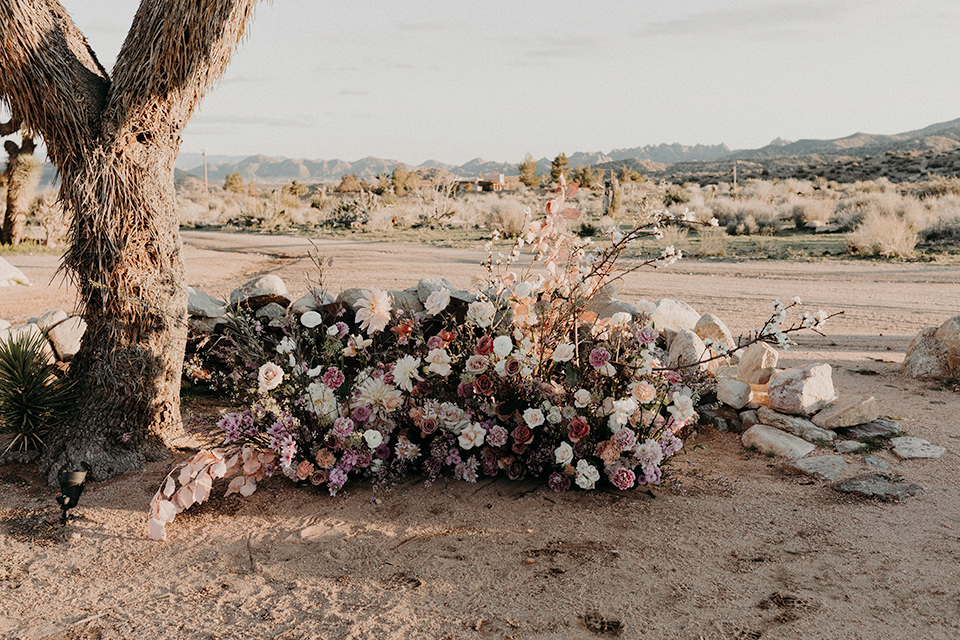 Rim-Rock-Ranch-Shoot-ceremony-florals